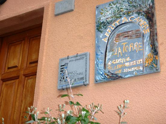 La Torre: Look for this sign to find the place