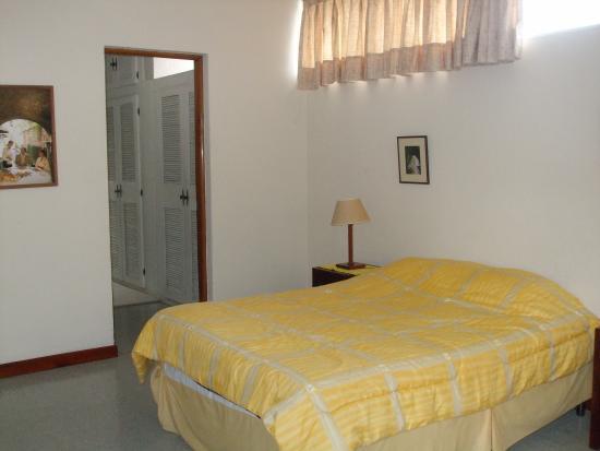 Hostel Las Orquideas: Habitaciones amplias bien decoradas