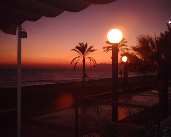 Rincon de la Victoria, Spain: Atardecer en el hotel