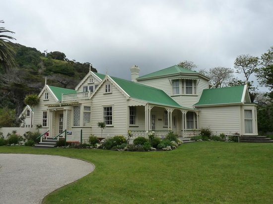 Waiwera, New Zealand: Couldrey House Exterior