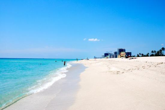"Haulover Beach Park : Miami Beach.  I need something to keep saying ""This cold rain sucks"""