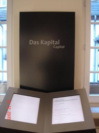 Karl-Marx-Haus Bild