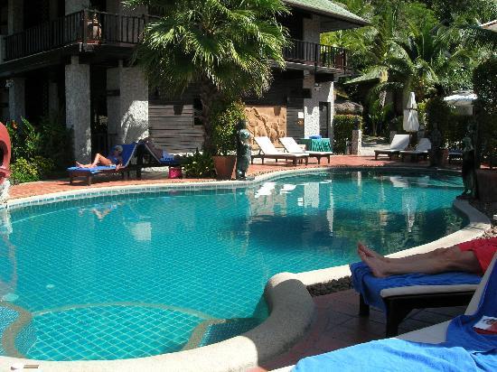 Boomerang Village Resort: The swimming Pool