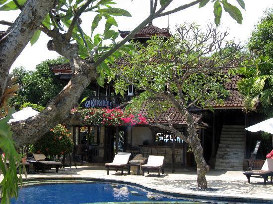 """The Damai: """"cabaña"""" principal, lobby, restaurante..."""