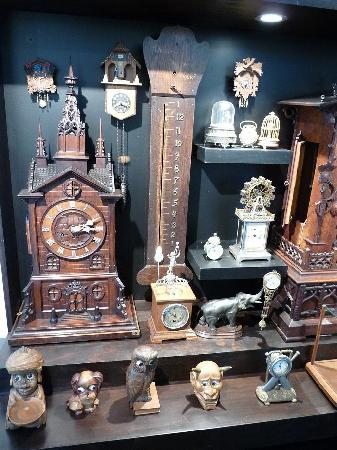 Claphams Clocks - The National Clock Museum: Novelty Clocks