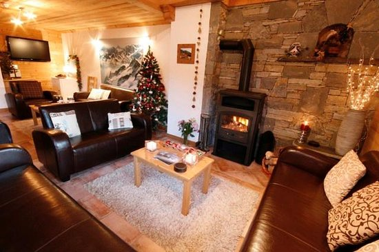 Cairn Lodge's Lounge
