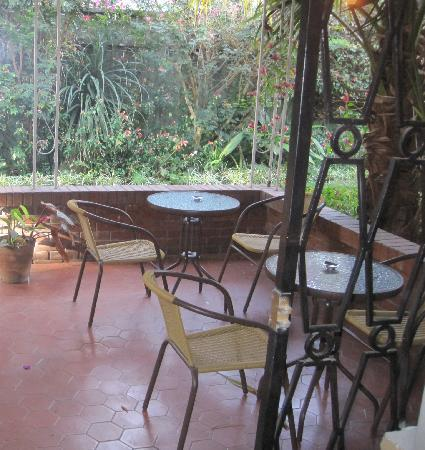 Hostel Las Orquideas: Patio