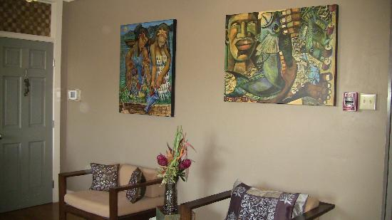 Paia Inn Hotel: Beautiful artwork