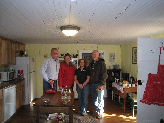 The Rockford Inn Bed and Breakfast: With the Hosts - Hannah & Doug (on the right)