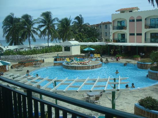 Hotel Los Delfines: la piscine