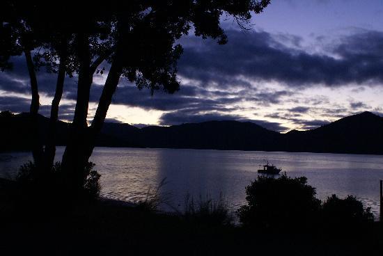 Raetihi Lodge: At dawn