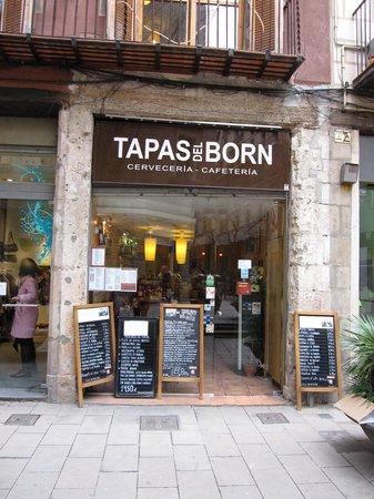 Tapas del Born: Entrance