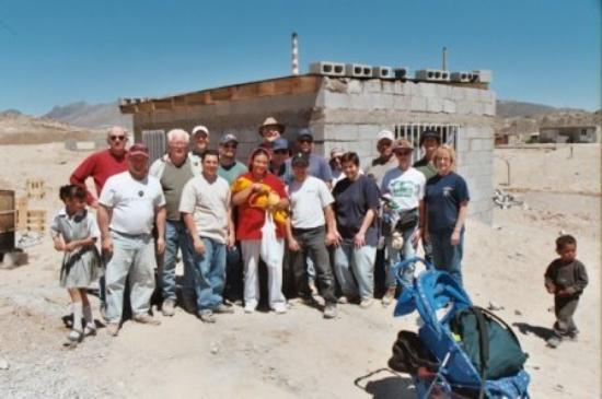 Ciudad Juarez, Μεξικό: Mission trip to Juarez, Mexico - standing in front of the home we built.