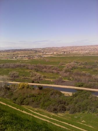 the view from the bluffs bakersfield califas Vincenzo