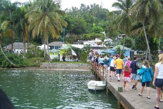 Santa Barbara de Samana, Dominican Republic: CRUISE TENDER PIER