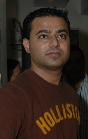 Candolim, India: owner of instyle jewellers (sonu)