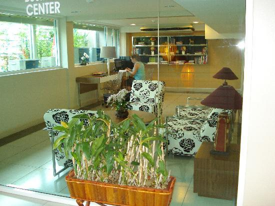 Bangkok Loft Inn: Internet room