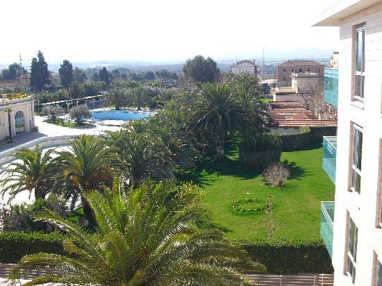 Il centro termale di Bagni di Tivoli visto dall\'Hotel Victoria ...