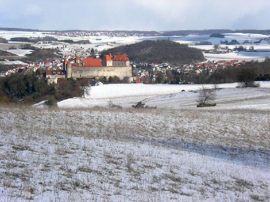 """Fuerstliche Burgschenke Harburg: Beim Rundgang kann man die Burg """"von oben"""" sehen"""