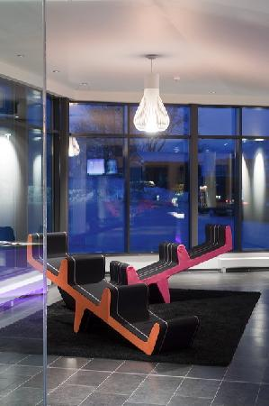 Comfort Hotel RunWay: Lobby