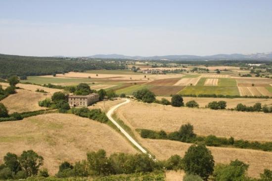 Монтериджиони, Италия: View from Monteriggioni