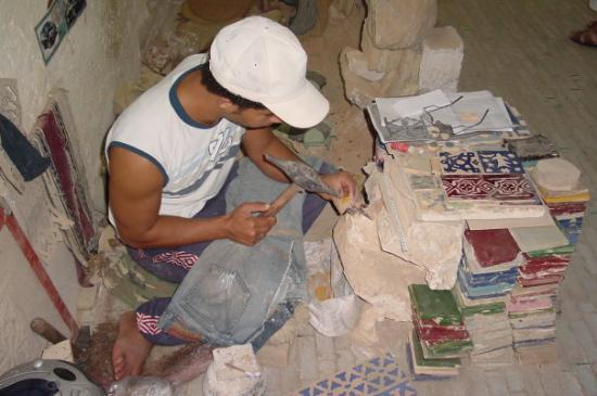 Fine 12 X 24 Floor Tile Huge 12X12 Interlocking Ceiling Tiles Flat 18 X 18 Ceramic Tile 1930S Floor Tiles Reproduction Youthful 2 X2 Ceiling Tiles Blue24X48 Ceiling Tiles Making Ceramic Tiles By Hand   Picture Of Fes, Fes Boulemane ..