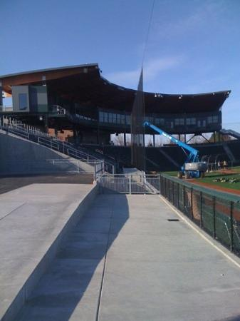 Eugene, OR: Nice baseball facility