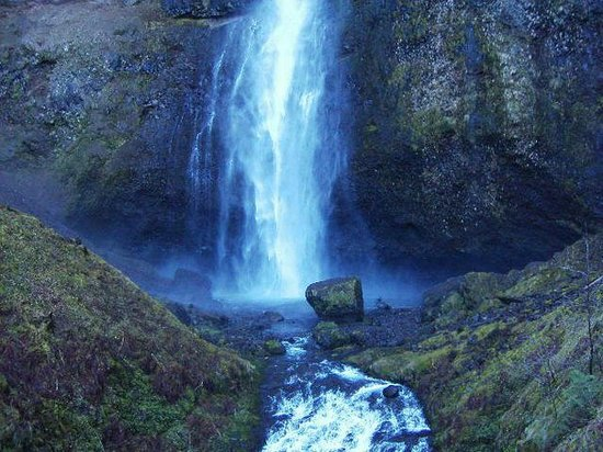 The Dalles, OR : Multnomah Falls, OR