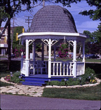 Су-Сент-Мари, Канада: Gazeebo at Catalina Motel
