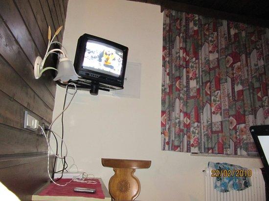 Alpenresidenz Ballunspitze: TV corner