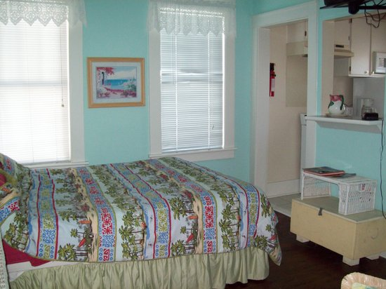 17th Street Inn: Room 8 - neat, clean and comfortable.