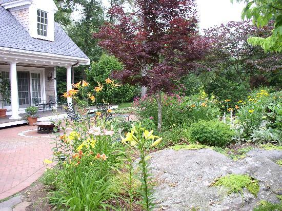 Marblehead, MA: Patio - Spring