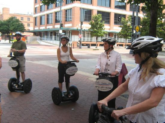 Dallas Segway Tours : Gliding downtown Dallas in July