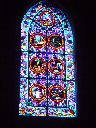 Abbaye de Fontfroide - window