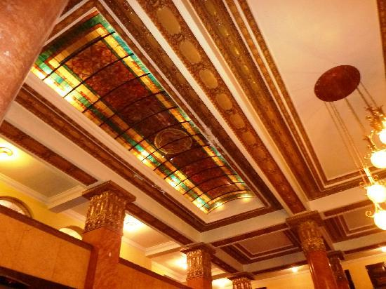 Gadsden Hotel: Lobby ceiling detail