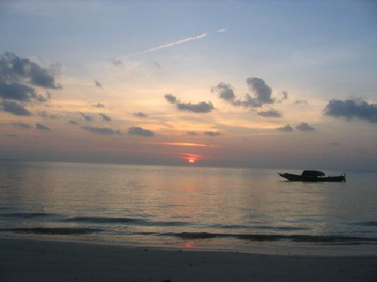 Havelock Island, India: Sunrise from the private beach