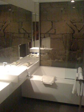 Quarry Salamanca: Bathroom