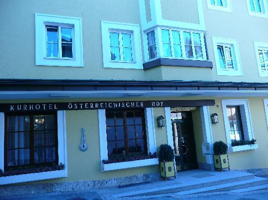 Österreichischerhof: room 10 - all four windows above the front door this was our suite