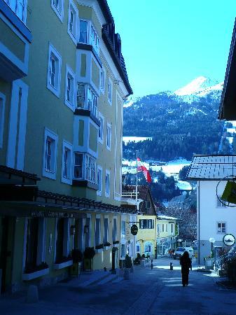 Österreichischerhof: another view of the hotel and side street