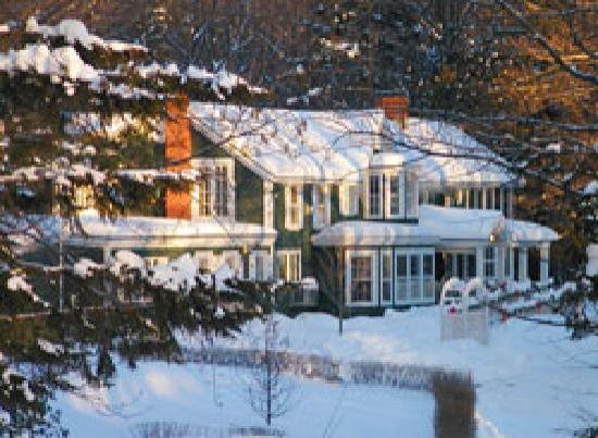 Fox Creek Inn: Winter