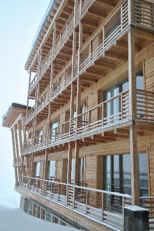 Grand Hotel Paradiso: esterno lato