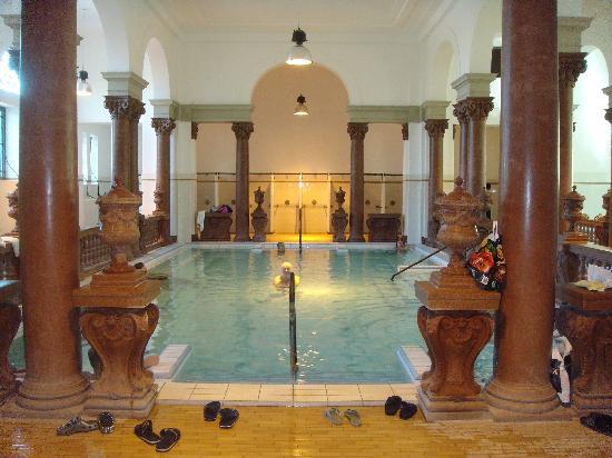 Budapest, Ungarn: Indoor Pool