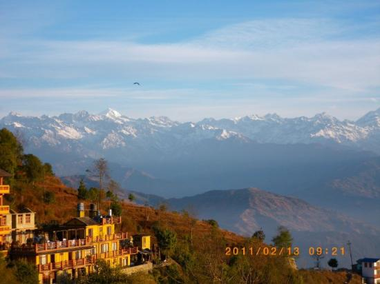Nagarkot Nepal  city photos : Nagarkot, Nepal: 旅館與山峰相互輝映