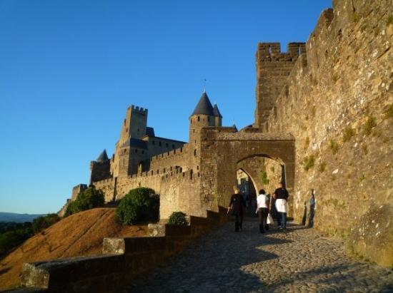 La porte d 39 aude picture of carcassonne aude tripadvisor for Things to do in la porte