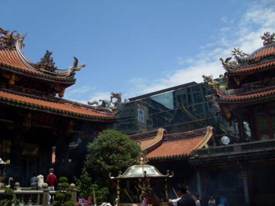 Longshan Temple: An interesting contrast between the old and new.