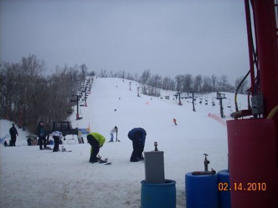 Weston, MO: Valentines Ski Trip...