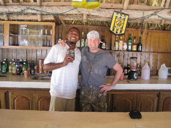 Coral Cove Resort: My husband with Donald (he made GREAT smoothies)!