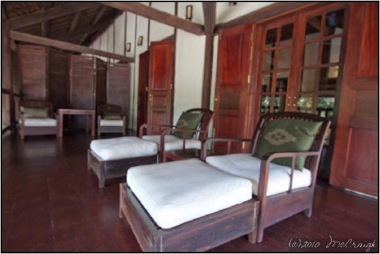 Hotel 3 Nagas Luang Prabang MGallery by Sofitel: Executive Suite Balcony