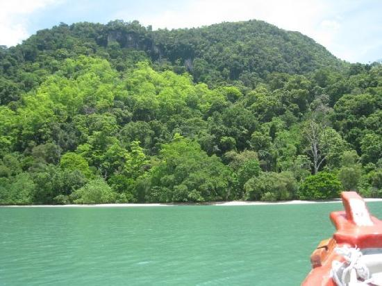 Langkawi Island Tours by Jet Ski: Bill and Angelika's secret beach