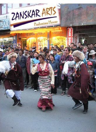 local dance on street in leh ladahk